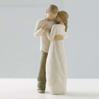 Willow Tree - Promise Figurine - Hold dear the promise of love
