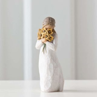 Willow Tree - Warm Embrace Figurine - Surrounded by the warmth of family and friends